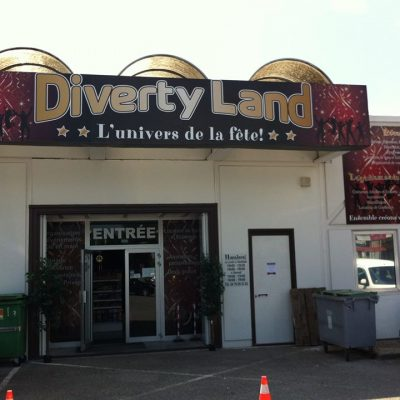 DIVERTY LAND